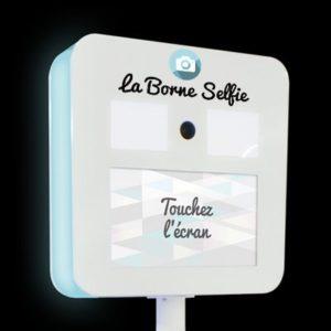 BORNE SELFIE KIS PRESTATION HAUT DE GAMME