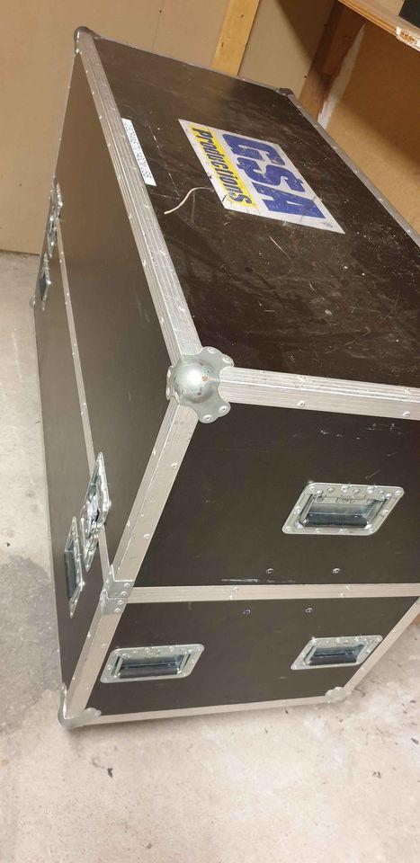Fly case pour 2 TV ou autres (enceintes lumières)
